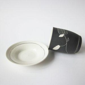 céramique tasse soucoupe noir végétal julie loaëc Brest Bretagne boutique atelier