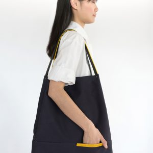 Felix tote in waxed canvas