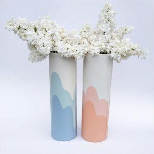 Vase tube en porcelaine