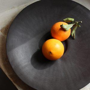 Coupe à fruits Tutti Frutti en grès noir-chocolat
