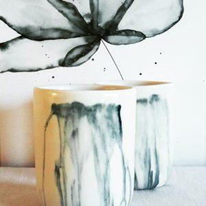 Tasse en porcelaine «U», cascade
