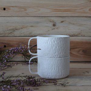 2 tasses texturées en porcelaine 25 cl