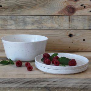 2 Assiettes à dessert en porcelaine