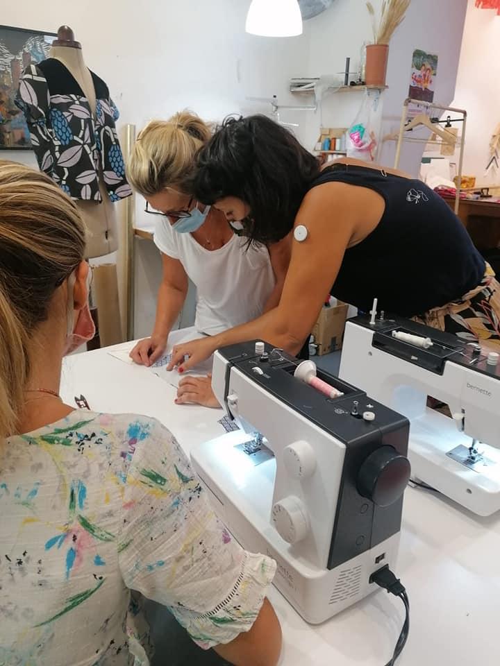 Cours de Couture pour les débutant.e.s VIENS COUDRE TA TROUSSE