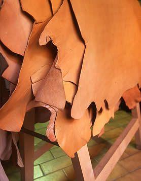 Journée découverte , travail du cuir en maroquinerie artisanale.